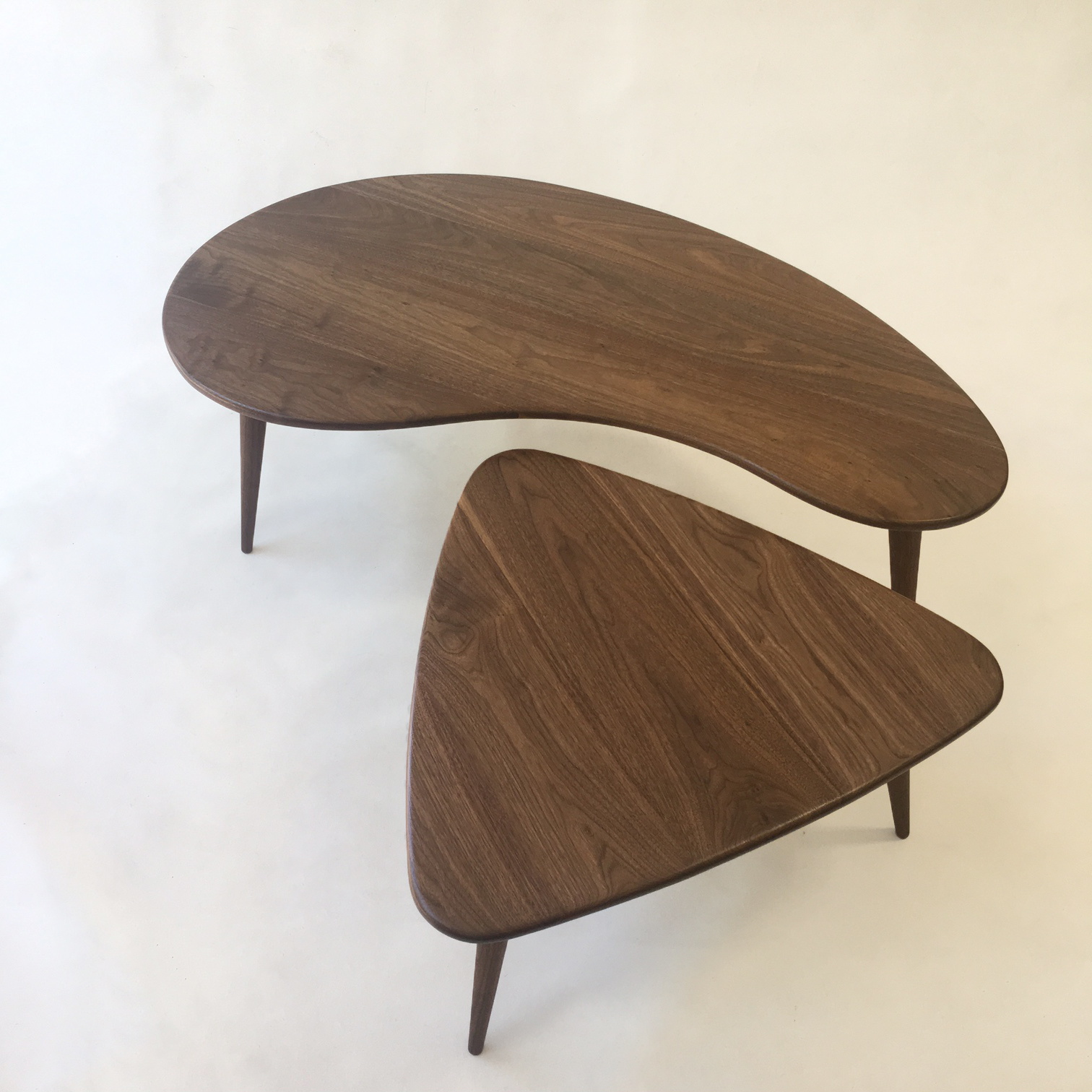 Nesting Kidney Bean Guitar Pick Coffee Tables – Mid Century